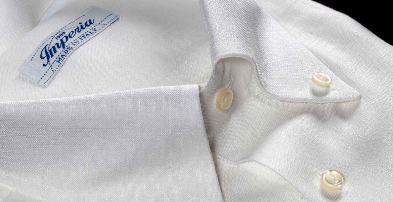 Camicia da uomo in puro lino bianca con collo Button down lavorata dalla Camiceria Smeralda di Ancona