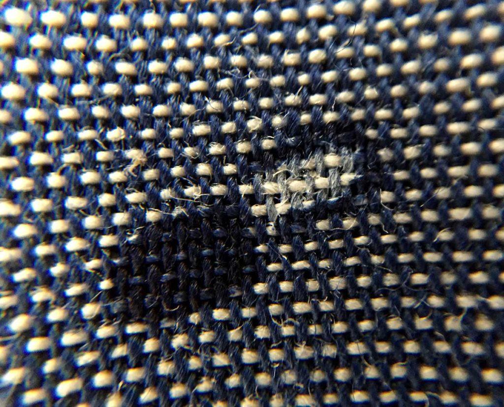 texture camicia azzurra con fantasia ancona camerano camiceria Smeralda