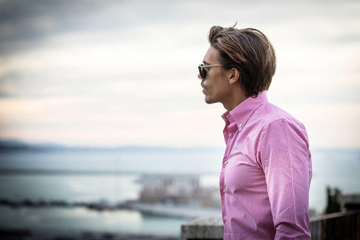 camicia rosa quadretti uomo shooting fotografico Ancona