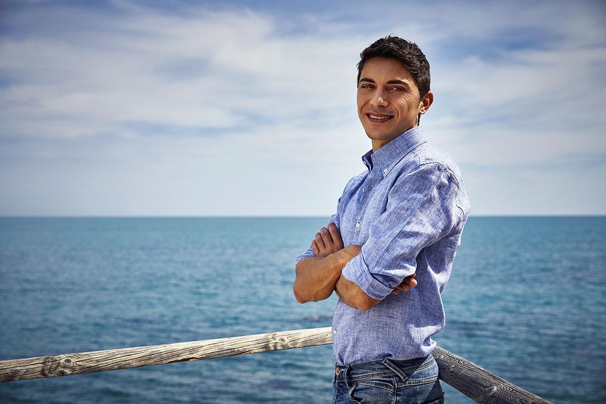 Camicia azzurra lino uomo Ancona Portonovo estate
